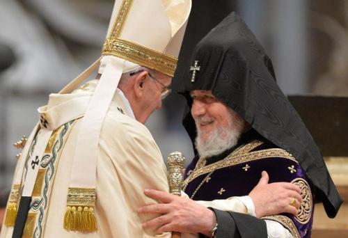 Génocide arménien, Foi, chrétiens orientaux, Pape, hypocrisie, faux culs, journalistes militants